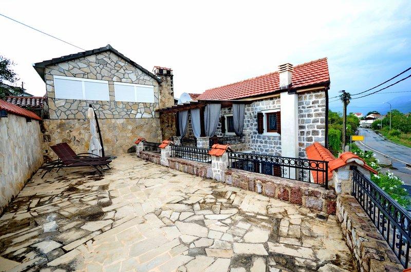 Недвижимость в черногории в утехе